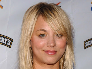 Cute smile Kaley Cuoco american actress