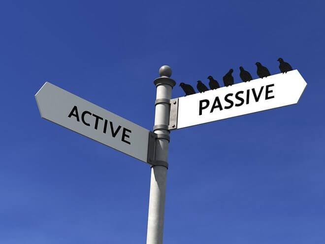 Penggunaan Being Pada Passive Voice Dilihat Dari Segi Tenses