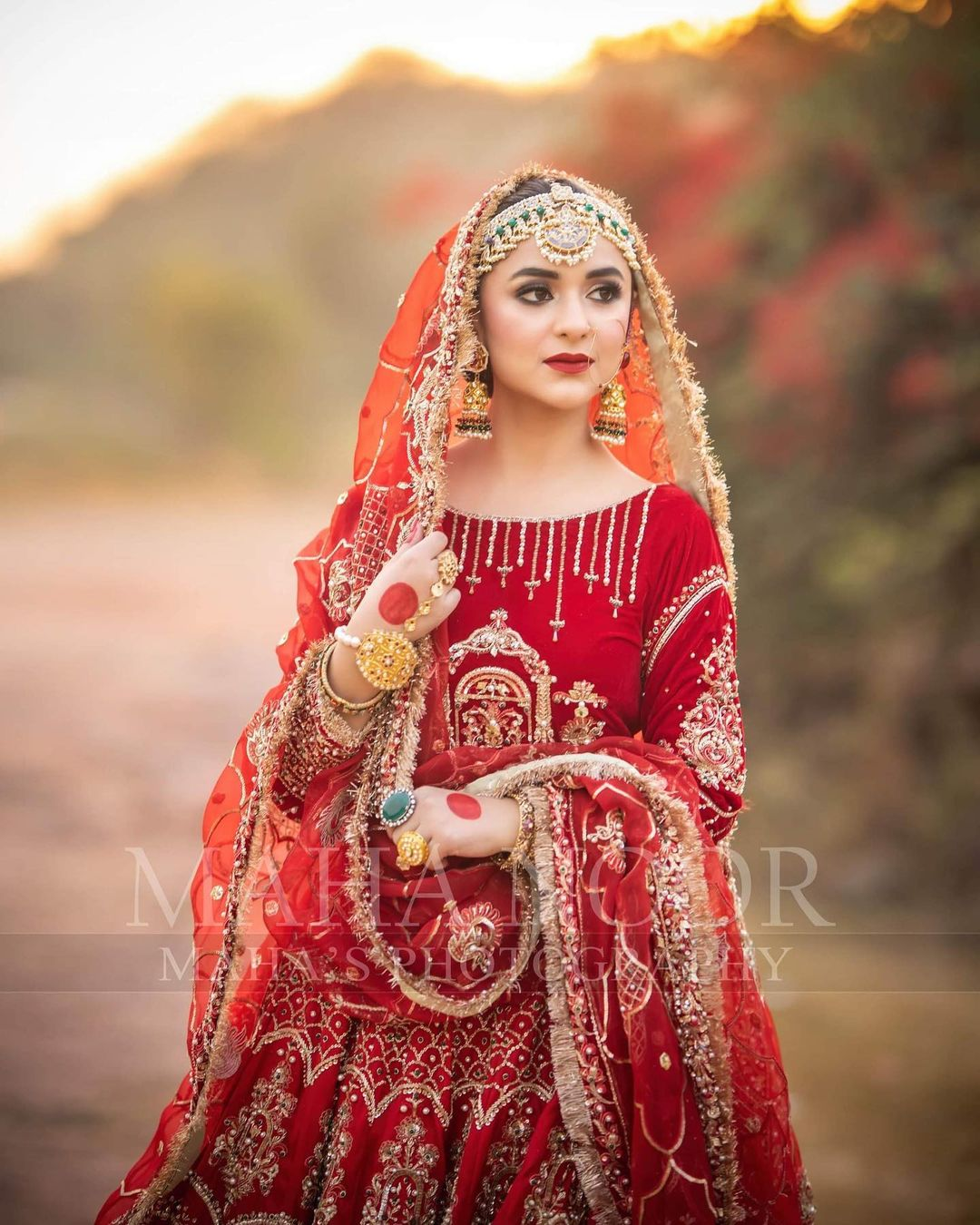 Yumna Zaidi Awesome Recent Instagram pictures