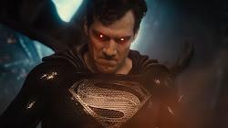 Vì sao Superman lại có sức mạnh kinh khủng đến như vậy?
