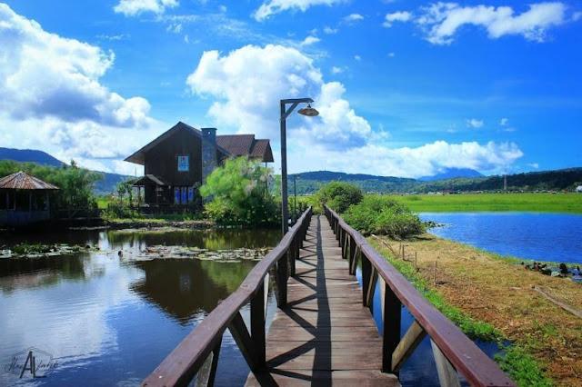 Dermaga Danau Tondano