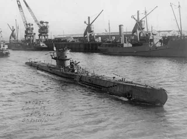 U-570 aka HMS Graph 3 October 1941 worldwartwo.filminspector.com
