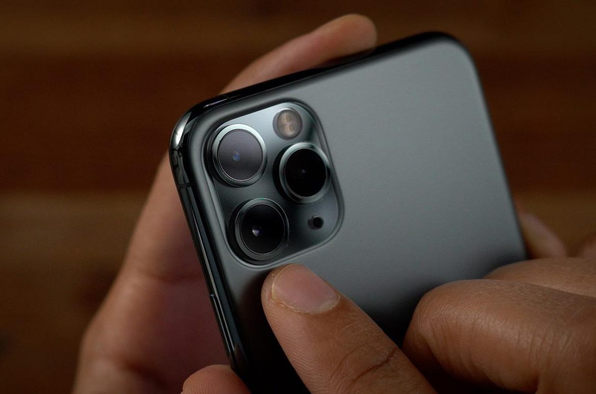 iphone-camera-module-supplier-covid-19