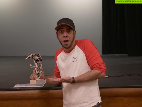 El humorista y actor Aarón Gómez presenta su primer proyecto de largometraje en la sesión de exhibición