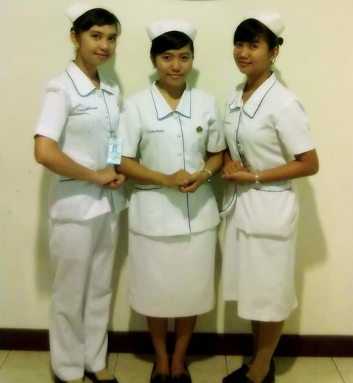 model baju dinas kesehatan