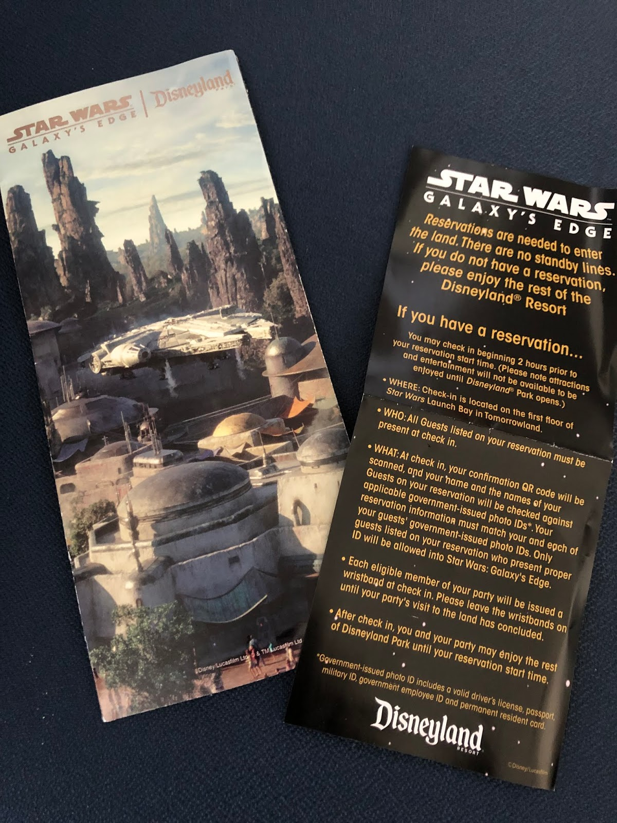 Disneyland Star Wars Galaxy/'s Edge Opening Day 1-park map special brochure 2019