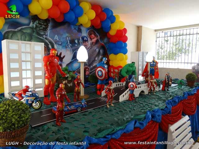 Decoração de aniversário tema Os Vingadores - Festa infantil