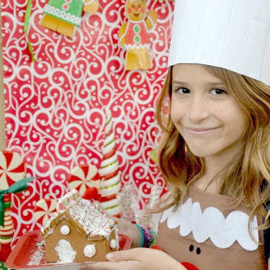 Gingerbread House Decorating Kids Party