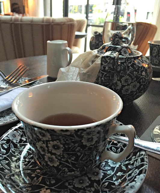 Afternoon Tea at The Allis {Soho House Chicago}