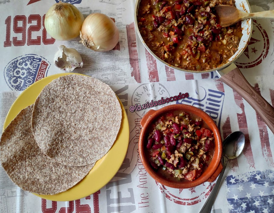chili con carne y alubias
