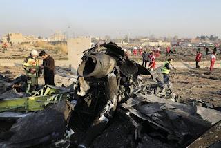 """Irán anuncia que su ejército derribó """"involuntariamente"""" un avión de pasajeros ucraniano"""