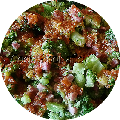 Brócoli con jamón y salsa de ñoras