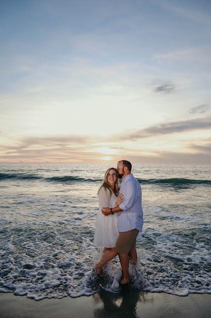 Sunset engagement pictures on Captiva Island