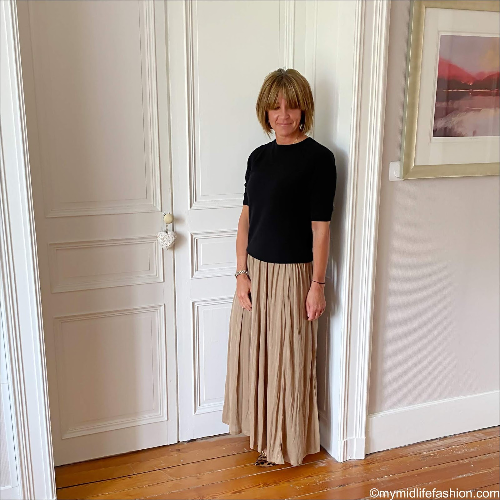 my midlife fashion, h and m short sleeve cashmere jumper, h and m lyocell maxi skirt, leopard print pointed ballet flats