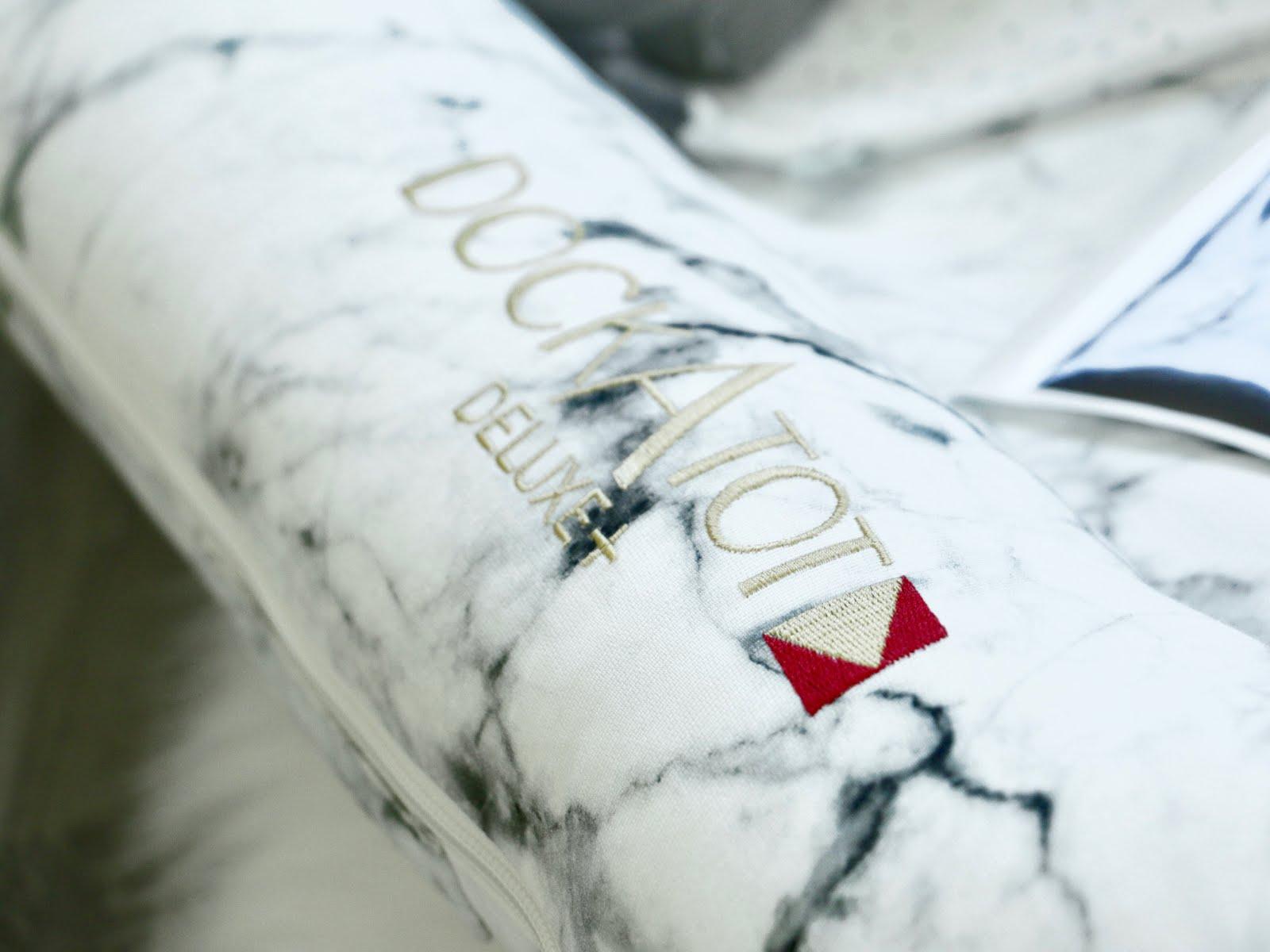 Dockatot-Deluxe-Dock-Carrara-Marble-Vivi-Brizuela