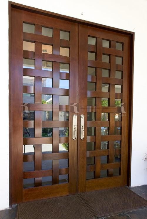 Cocinas closets puertas vestidores y muebles en madera for Puertas para patio interior