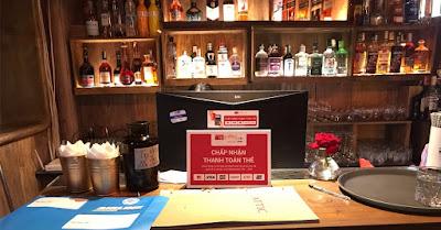 Attic Cocktail & Wine Lab có thể thanh toán quẹt thẻ