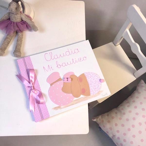 Álbumes de fotos de bebés pintados a mano