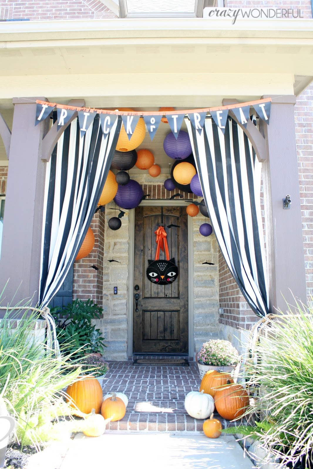 Decorating Ideas > Crazy Wonderful Halloween Porch Decoratio ~ 023923_Halloween Decorating Ideas Porch