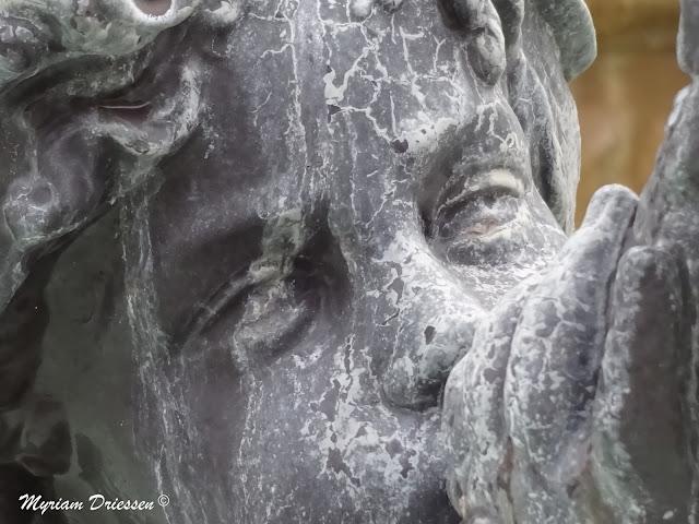 cherub in a fountain Castres