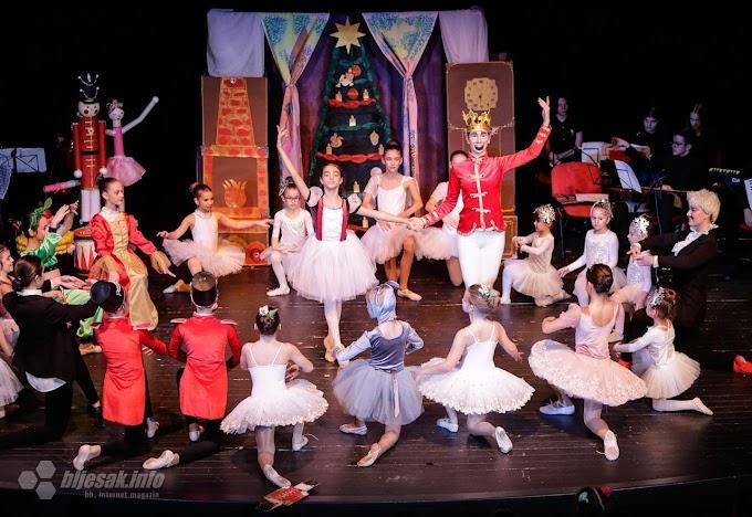 FOTO: Baletni spektakl u izvedbi ansambla Glazbene škole Ljubuški i balerina Športskog plesnog kluba Zrinjski