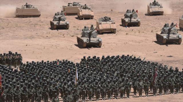 Morales se apoya en un equipado Ejército ante agresión externa