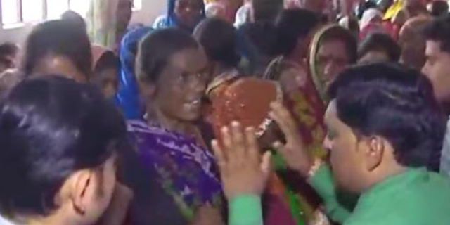 कांग्रेस ने वोट के लिए हजारों महिलाओं से फर्जी योजना के फार्म भरवाए: आरोप, पुलिस जांच शुरू | MP NEWS