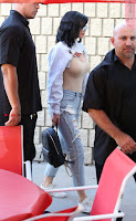 Kylie-Jenner-Pokies-in-Ripped-Jeans-502+%7E+SexyCelebs.in+Exclusive.jpg
