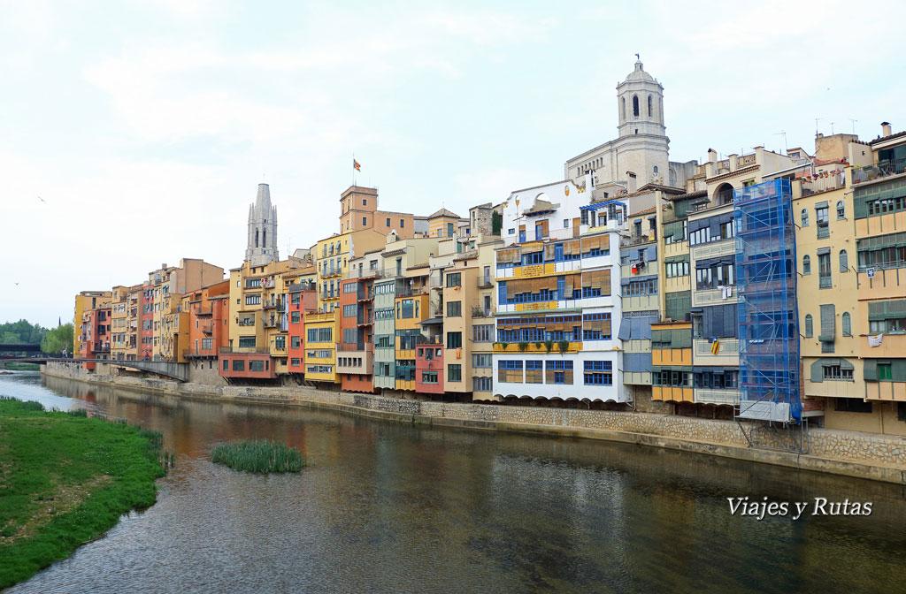 Casas colgantes, Girona