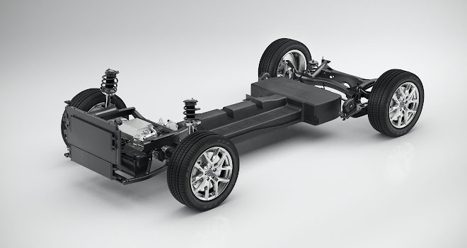 Volvo 40-series battery EV layout