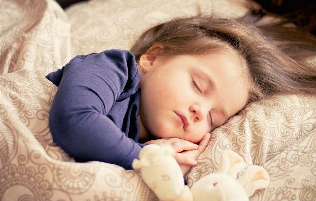 Bambino addormentato
