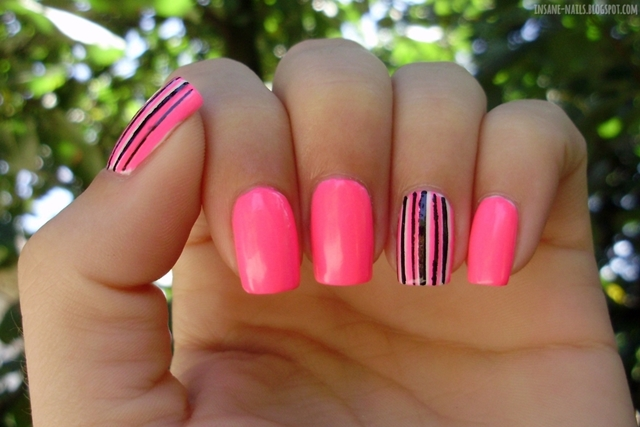 http://insane-nails.blogspot.com/2013/08/10-days-summer-challenge-day-7-swimsuits.html