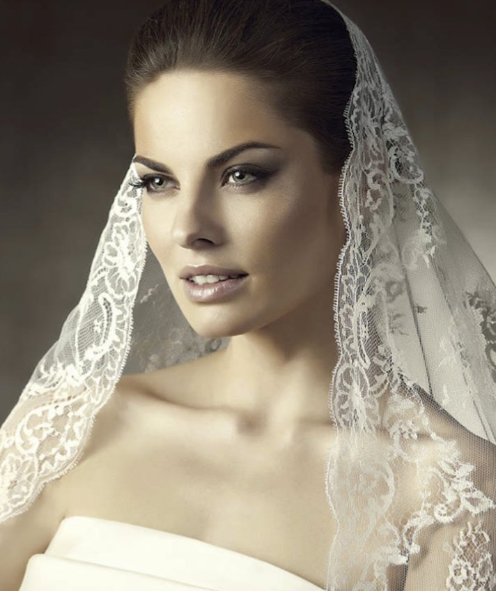 Wedding Hair With Veil: Glambox:Beautiful Make~up Is Our Hallmark!: History Of