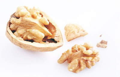 Walnuts Nutrition Facts & Health Benefits