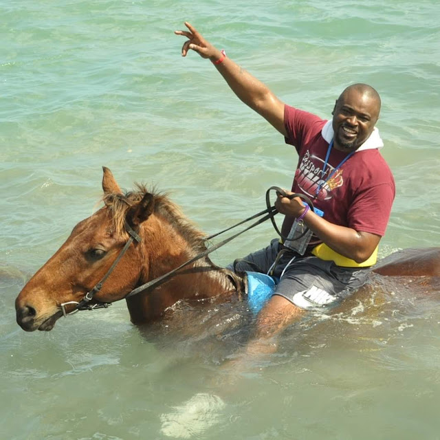 Not flaking while horseback riding in Jamaica