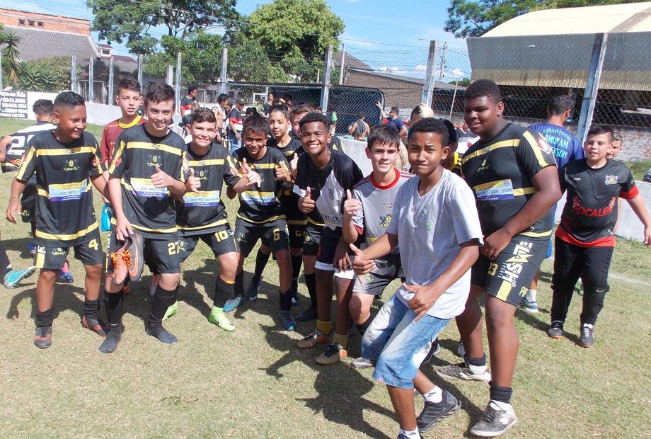 e11b885339 Esta competição é organizada pela Limudes com o Apoio da Prefeitura através  da Secretaria de Esportes de Cachoeirinha. Postado por Revista Bola em Jogo  ...