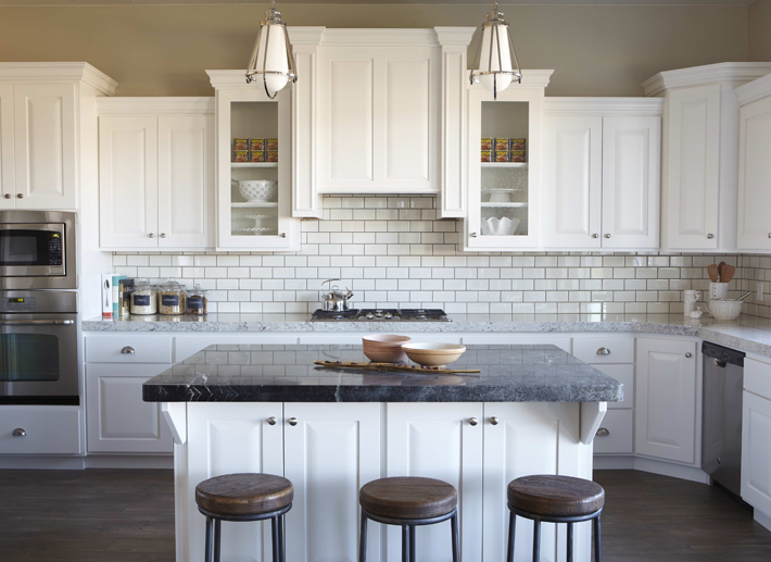 sixth Street Design School redecorating tip and ideas - Decorating Tips For Above Kitchen Cabinets