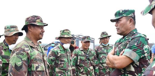 Kasum TNI Puji Kesigapan Prajurit Padamkan Karhutla