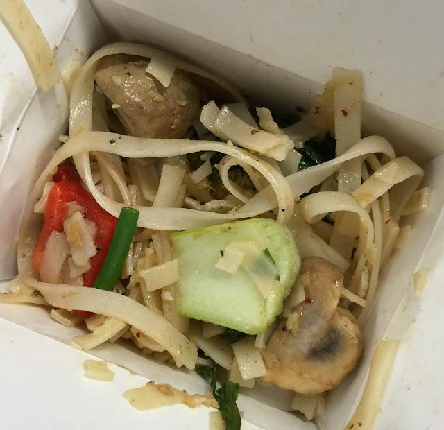 Flying Woks, food truck, rice noodles, vegetarian