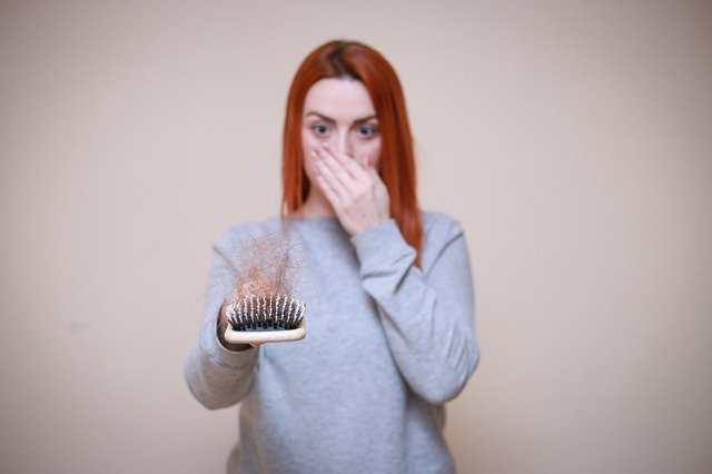 اكلات توقف تساقط الشعر