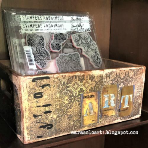 Sara Emily Barker https://sarascloset1.blogspot.com/2019/09/abandoned-storage-box-for-vintage.html Altered Storage Box 10