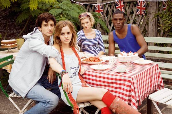 Emma Watson Lifestyle   Fashion More Style