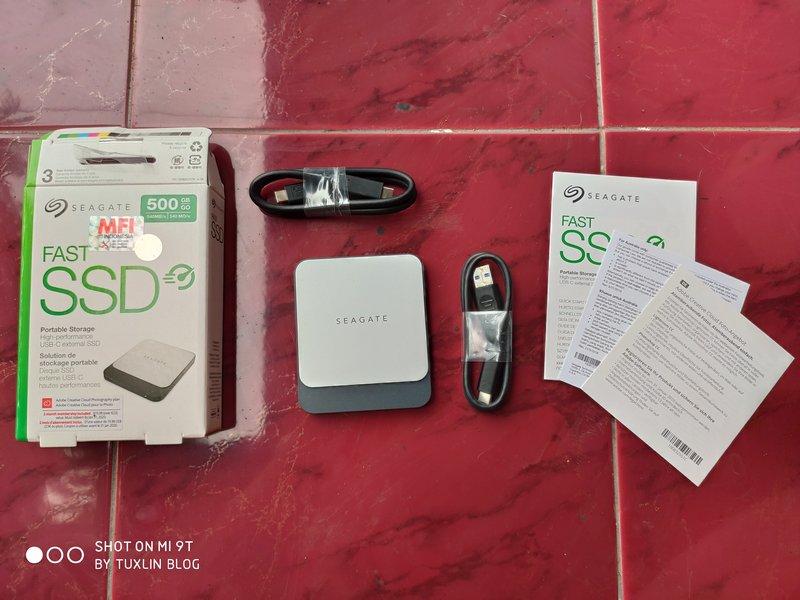 Paket Pembelian Seagate Fast SSD 500GB