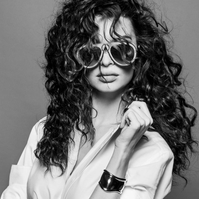 Emily Ratajkowski. Image: Courtesy of V Magazine / Inez & Vinoodh