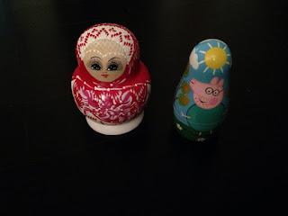 Collection de poupées russes : poupées russes classiques et poupées gigognes peppa pig