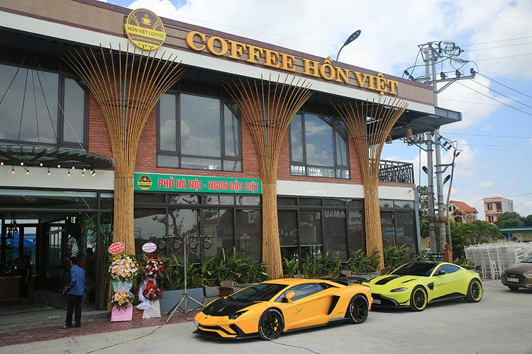 Đại gia Sài Gòn 'xách' 2 siêu xe hơn 60 tỷ về Hải Dương