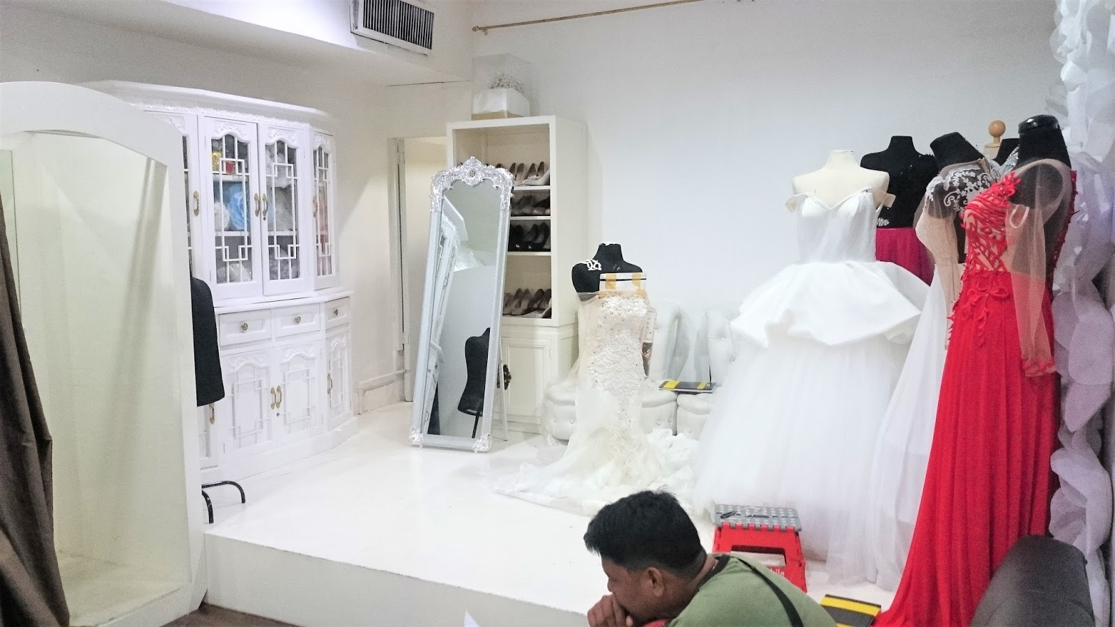 Wedding gown hunt: Gowns for Rent by Damsel - The Blahger