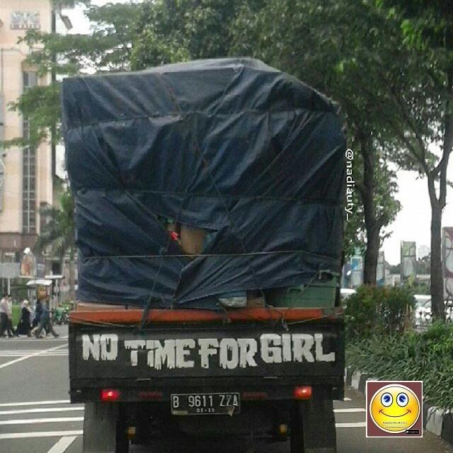 Tidak Ada Waktu Buat Perempuan