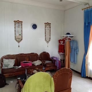 Ruang Tamu Rumah Murah Bonus AC, Gordyn, Water Heater Di Karya Wisata Ujung Medan Johor