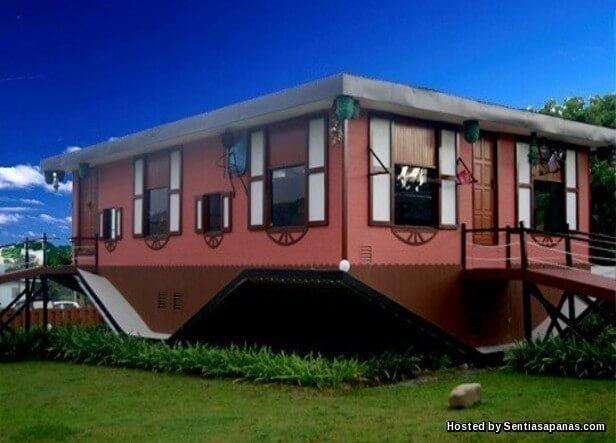 Rumah Terbalik Borneo